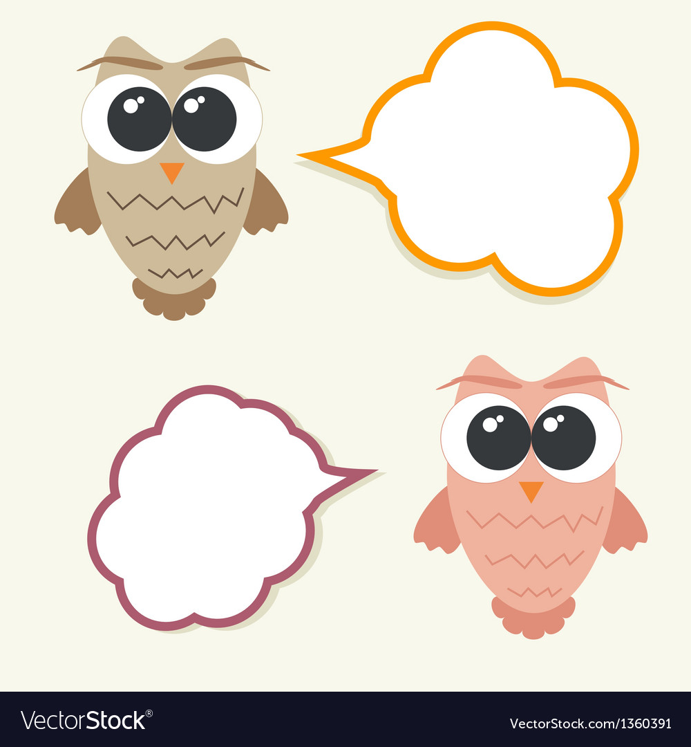 Set og talking owls with speech bubbles for