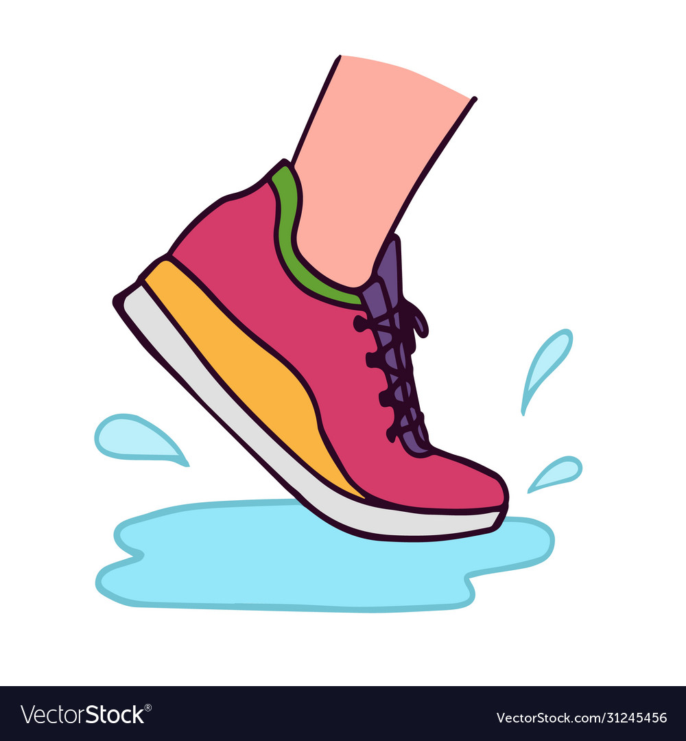 Running shoe with water