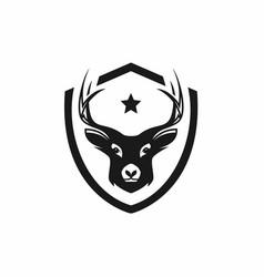 Hunting logo design vector