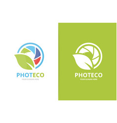camera shutter and leaf logo combination vector image