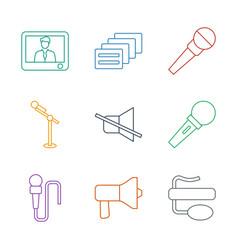 9 speak icons vector
