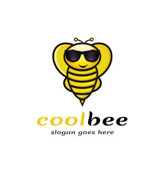 cool bee logo vector image