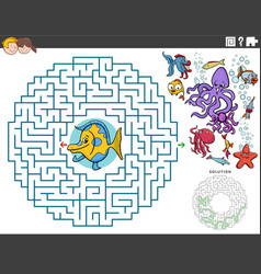 Maze educational game with cartoon fish and sea vector