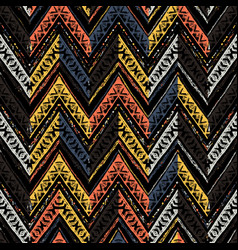 Seamless ethnic zigzag chevron pattern vector
