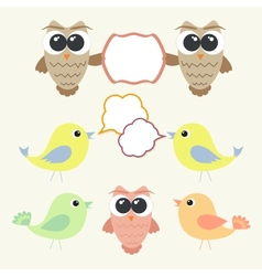 Set of owls and birds with speech bubbles vector image