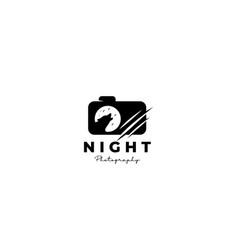 Wildlife camera lens photography logo design icon vector