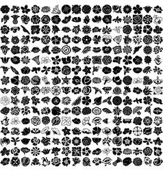 256 - set flowers vector image