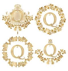 Golden Q letter vintage monograms set Heraldic vector image