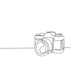 one single line drawing old retro analog slr vector image