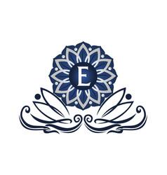 flower elegant icon initial e vector image