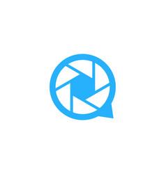 lens chat logo icon design vector image