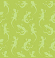 seamless pattern silhouette lizards vector image